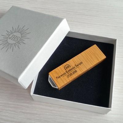 Pendrive z grawerem Pamiątka Pierwszej Komunii Świętej | Bamboo 16~128GB USB 3.0